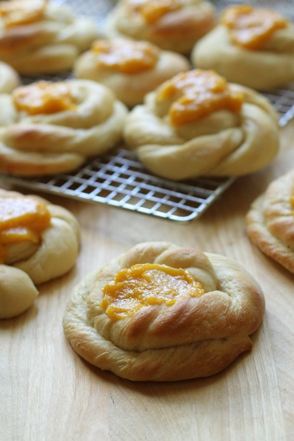 Apricot sweet rolls cooling on a rack